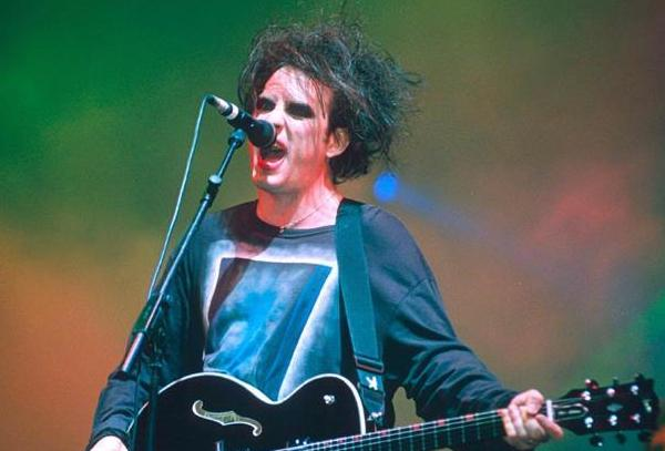 robert smith pictures debute