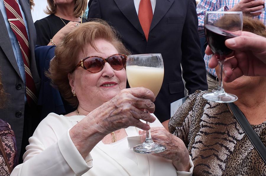 "Se filtra la millonaria pensión que Capredena le paga a Lucía Hiriart"""