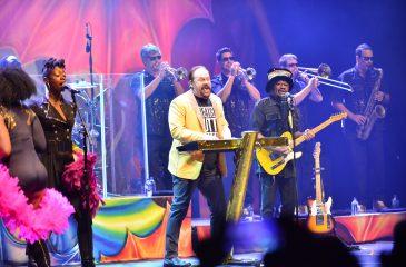 KC and the Sunshine Band vuelve con su sonido disco a Chile