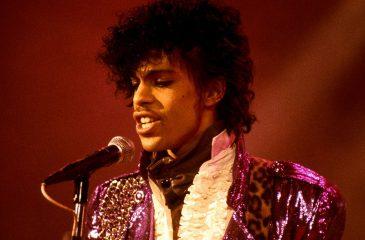 """Escucha """"Our Destiny / Roadhouse Garden"""", la nueva canción inédita de Prince"""