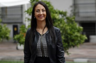 Cecilia Pérez defiende a Piñera y sitio de escorts responde con propuesta indecente