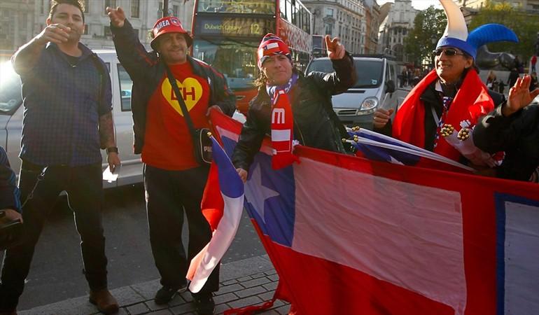 La Roja se enfurece por video de hinchas insultando a Herrera