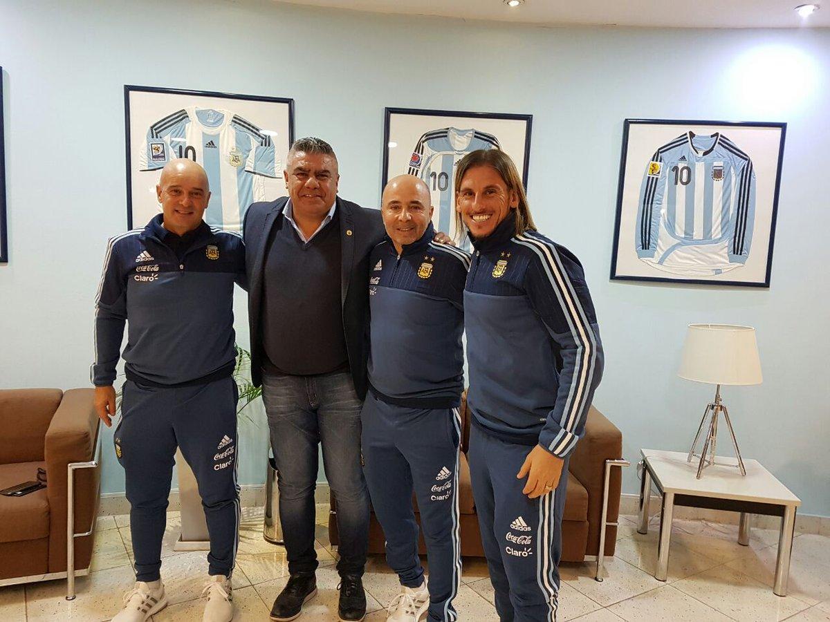 Sampaoli parte hacia Melbourne para su primer cotejo como DT de Argentina