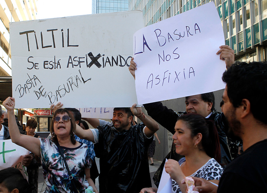 Vecinos de Til Til protestaron contra relleno sanitario industrial