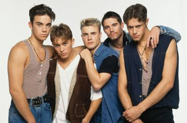 17 de julio: Robbie Williams dejó la banda Take That