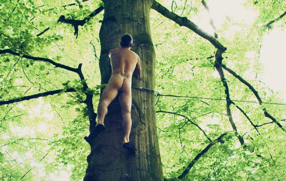 Robbie Williams se desnudó para promocionar su nuevo disco