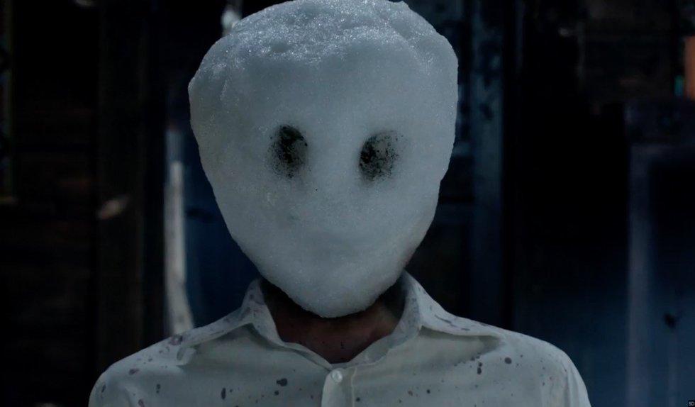 El muñeco de nieve (The Snowman) - trailer subtitulado con Michael Fassbender