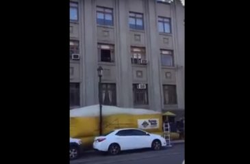 Chilenidad al palo: Simulacro de incendio termina con auto destrozado