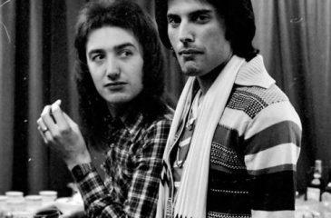 19 de agosto: Celebramos el cumpleaños de John Deacon
