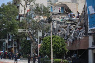 México sufre nuevo terremoto: Más de 130 muertos
