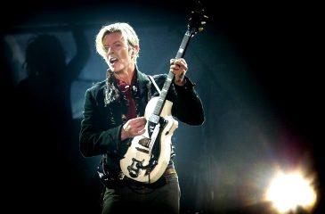 Colaboradores de David Bowie se embarcarán en tour homenaje al Duque Blanco