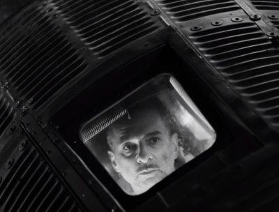 "Dave Gahan se convierte en astronauta en el video de ""Cover Me"" de Depeche Mode"