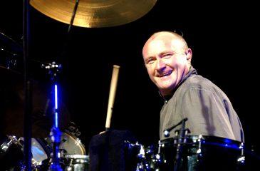 17 de octubre: Phil Collins conquistó el Reino Unido con Hits