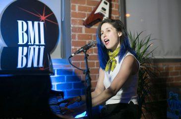 Francisca Valenzuela revela acosos sufridos en el circuito musical