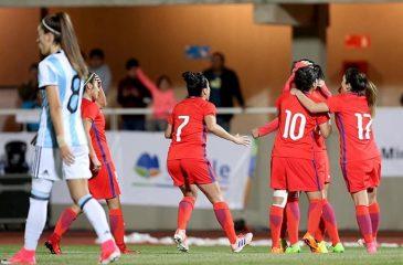 La Roja femenina aplastó a Argentina en inauguración del estadio Diaguita de Ovalle
