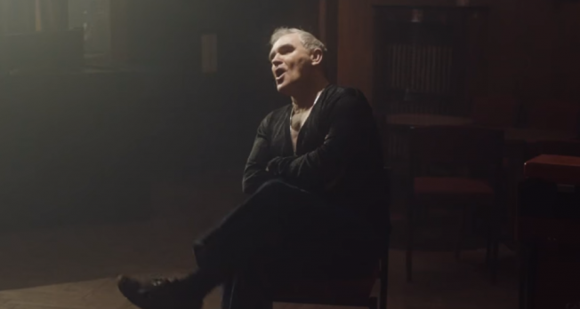 "Morrissey estrena video para ""Spent The Day in Bed"""