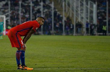 """Dos chilenos en el """"once ideal"""" de jugadores ausentes de Rusia 2018"""