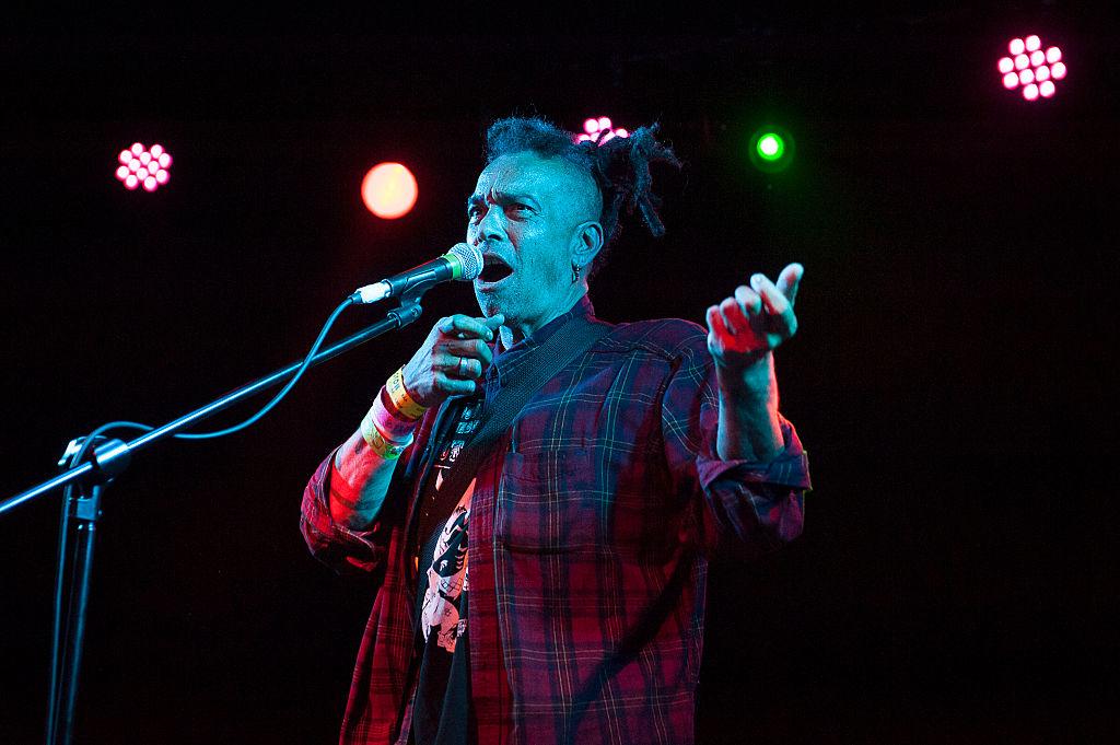 Faith No More rinde homenaje a fallecido ex vocalista