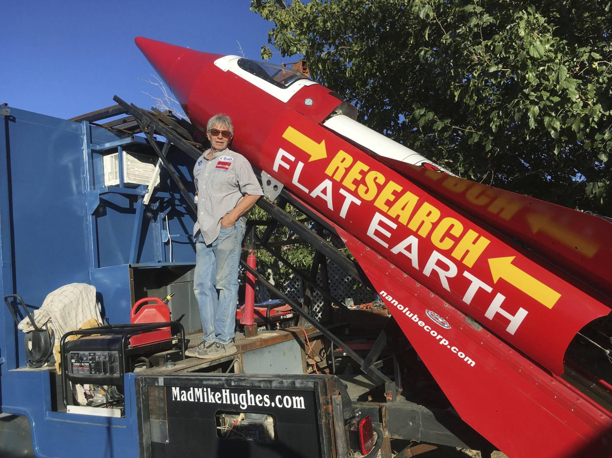 Hombre se lanzará en cohete para demostrar que la Tierra es plana