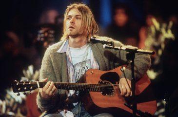 18 de noviembre: Nirvana filmó su mítico MTV Unplugged