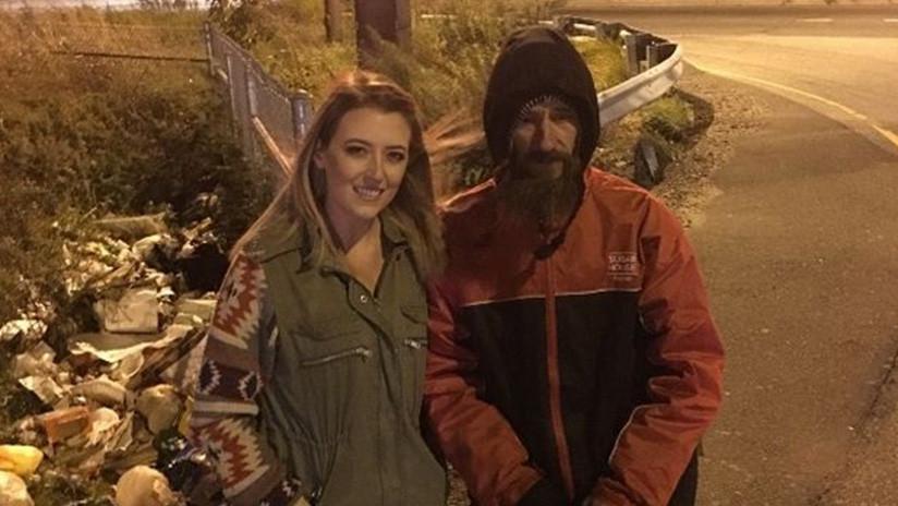 Una joven recauda 225.000 dólares para un desamparado que la ayudó
