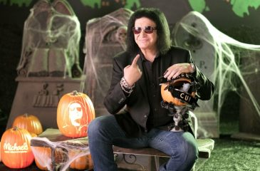Gene Simmons fue demandado por acoso sexual