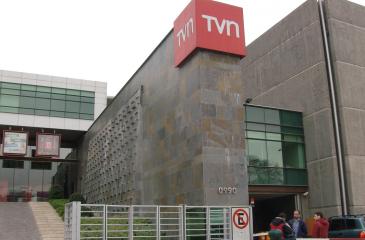 """Miembro del directorio de TVN: """"Hay una maniobra política"""" en Chile Vamos contra la señal cultural del canal"""