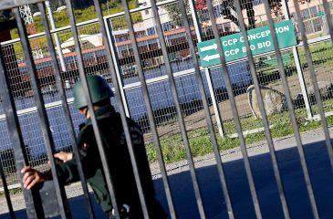 Especialista del INDH ahonda la situación de cárceles en Chile