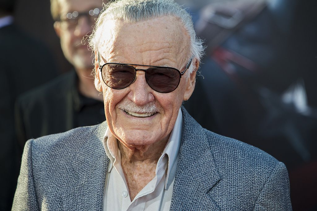 Ponen a la venta cómics firmados con sangre robada de Stan Lee