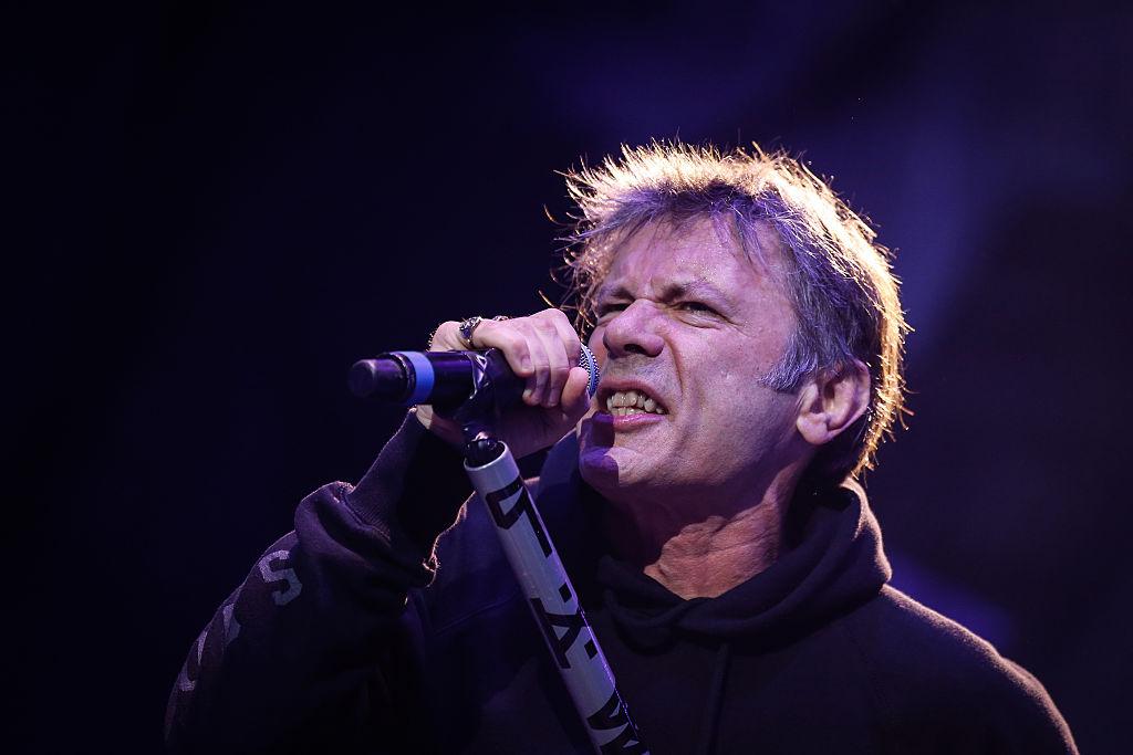 Voz de Iron Maiden vuelve a Chile para dar charla motivacional