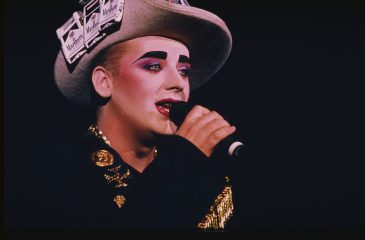 "14 de marzo: Boy George llegó al número uno con ""Everything I Own"""