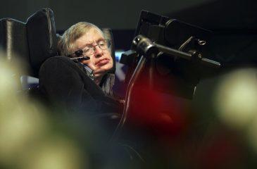 Científico explica en sencillo el legado de Stephen Hawking