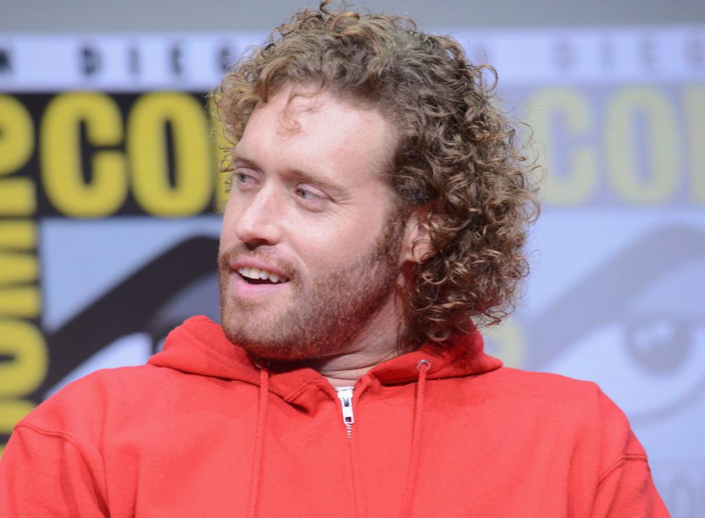 Actor TJ Miller es detenido por denunciar una amenaza de bomba falsa