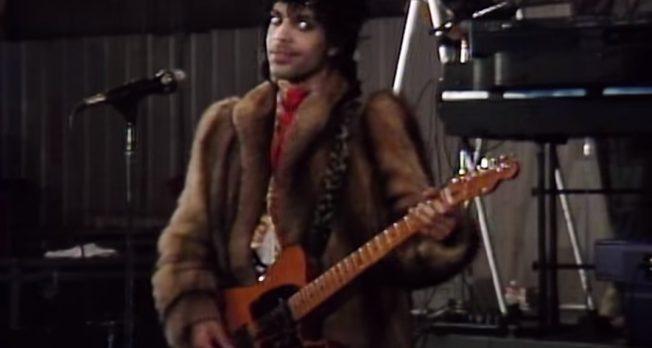 """Lanzan grabación original de """"Nothing Compares 2 U"""" de Prince"""