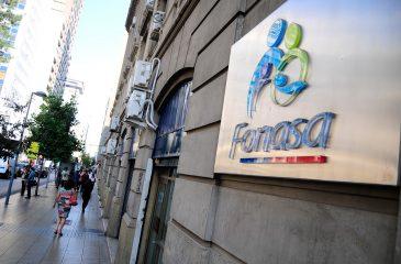 Al 51% de los que están en Isapres les conviene irse a Fonasa con seguro complementario