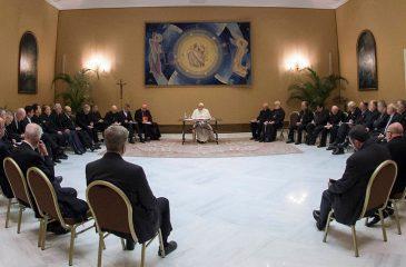 Crisis en la Iglesia: Renunciaron todos los obispos de Chile
