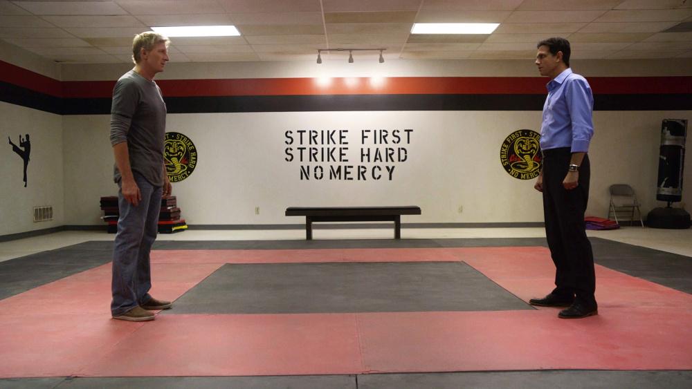 Anuncian que 'Cobra Kai', la secuela de 'Karate Kid', tendrá segunda temporada