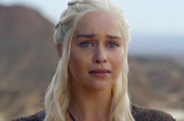 """Game of Thrones: Emilia Clarke quedó """"devastada"""" tras grabar las últimas escenas de Daenerys"""
