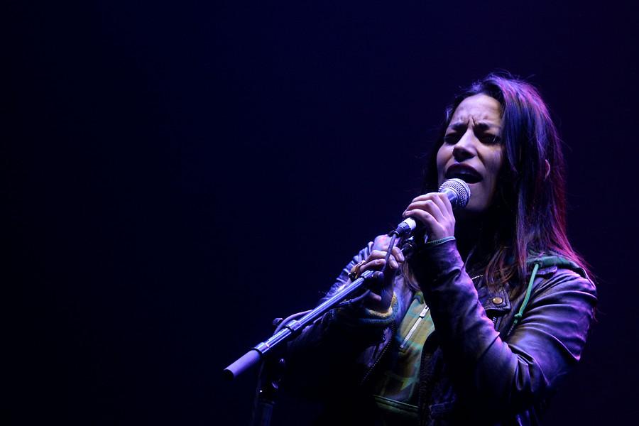 Gorillaz suma a cantante chilena en su festival