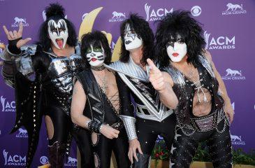 Kiss anunció gira de despedida