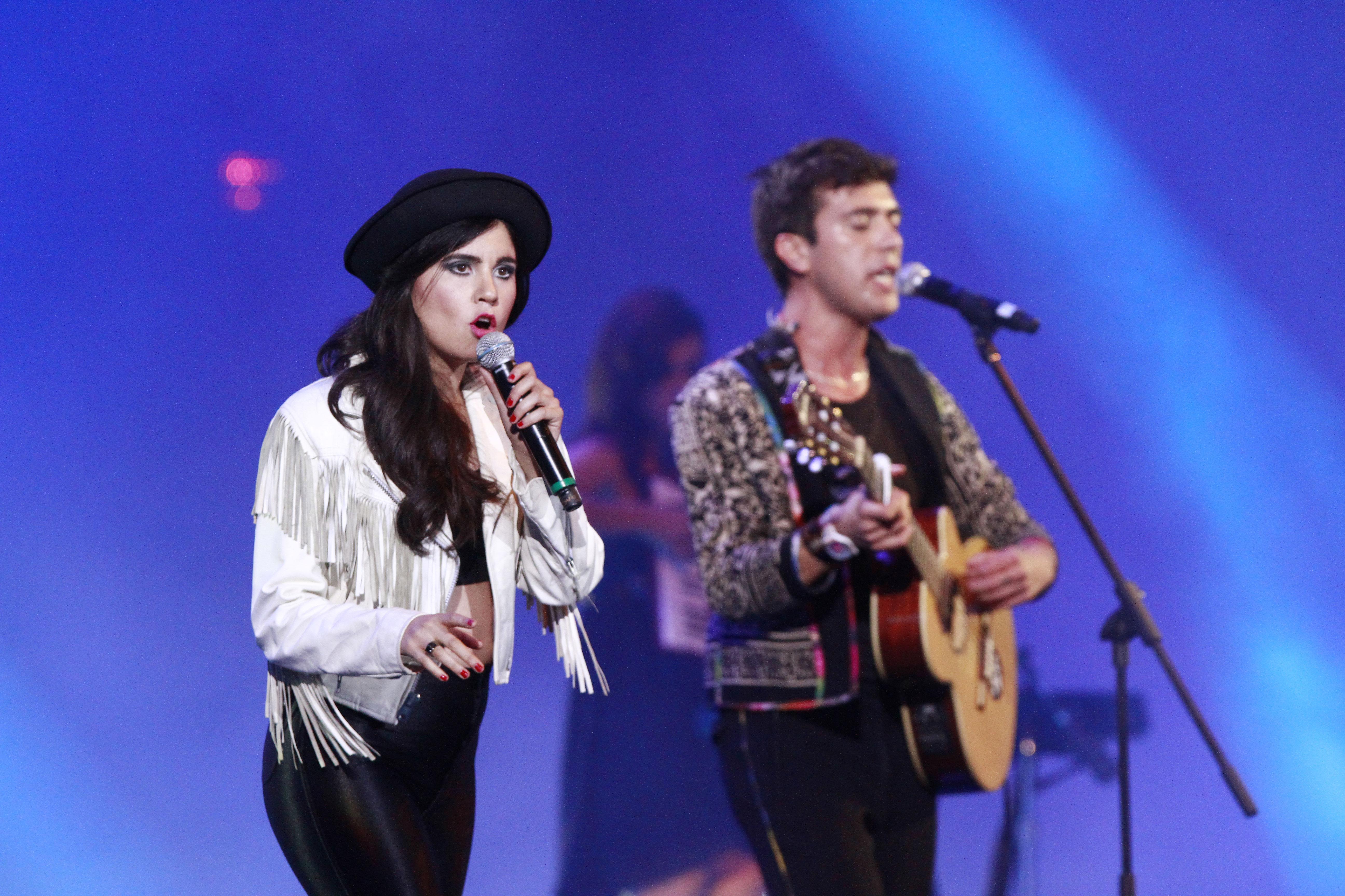 ¡Javiera Mena y Gepe darán concierto gratis en Mall Plaza Egaña!