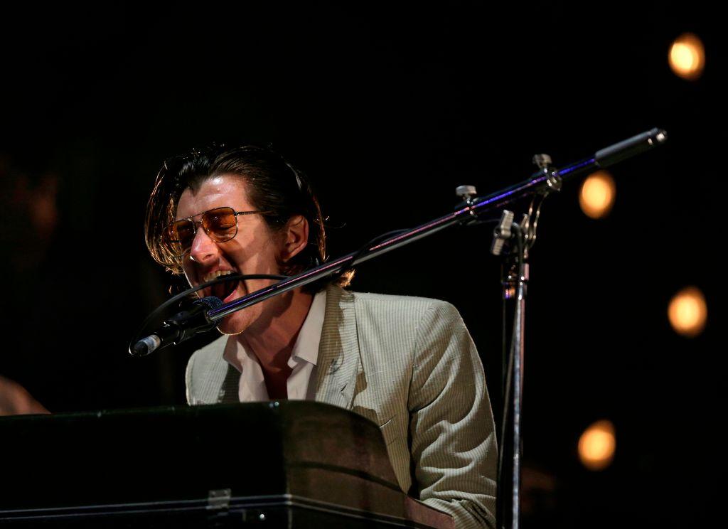 Arctic Monkeys anuncian shows en Latinoamérica y después los eliminan