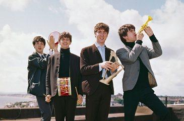 19 noviembre: The Beatles llegó al número uno con One