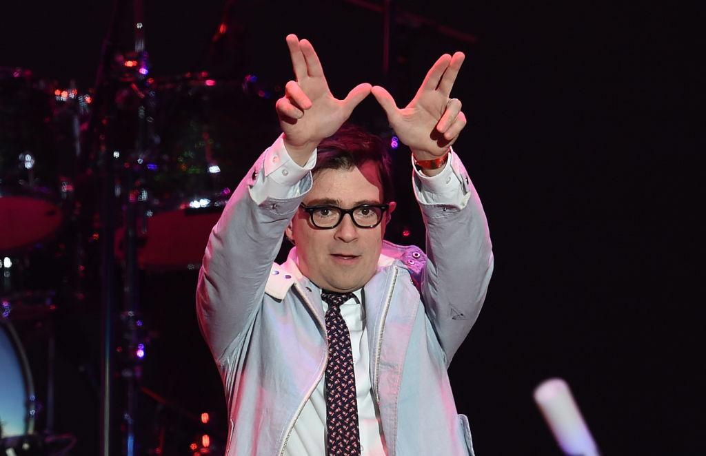 Weezer presentan un adelanto de su próximo disco