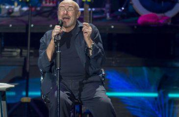 Phil Collins también se sumó al #10YearChallenge