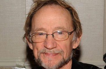 Murió Peter Tork, reconocido músico de los Monkees