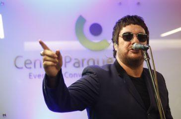Álvaro Henríquez presentará show de su disco como solista