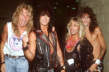 Mötley Crüe adelantó nueva música en clip de The Dirt