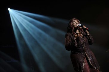 """19 de marzo: Gloria Gaynor estaba en el número uno con """"I Will Survive"""""""