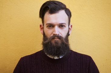 fe29c296650c Estudio afirma que hombres con barba tienen más bacterias que los perros